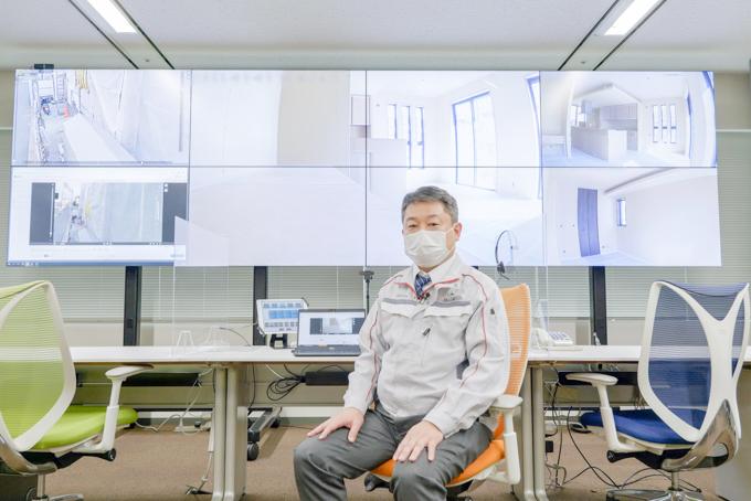 大型モニターを完備した東京本社のスマートコントロールセンター